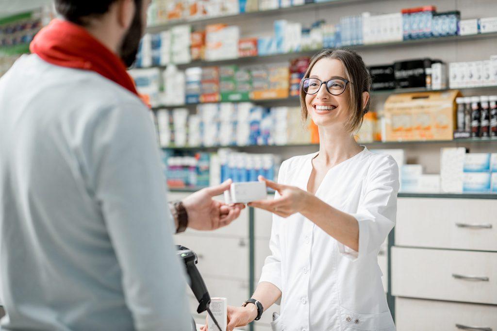 Adquirir una farmacia es una inversión segura